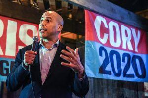 Cory Booker renuncia a sus intenciones presidenciales