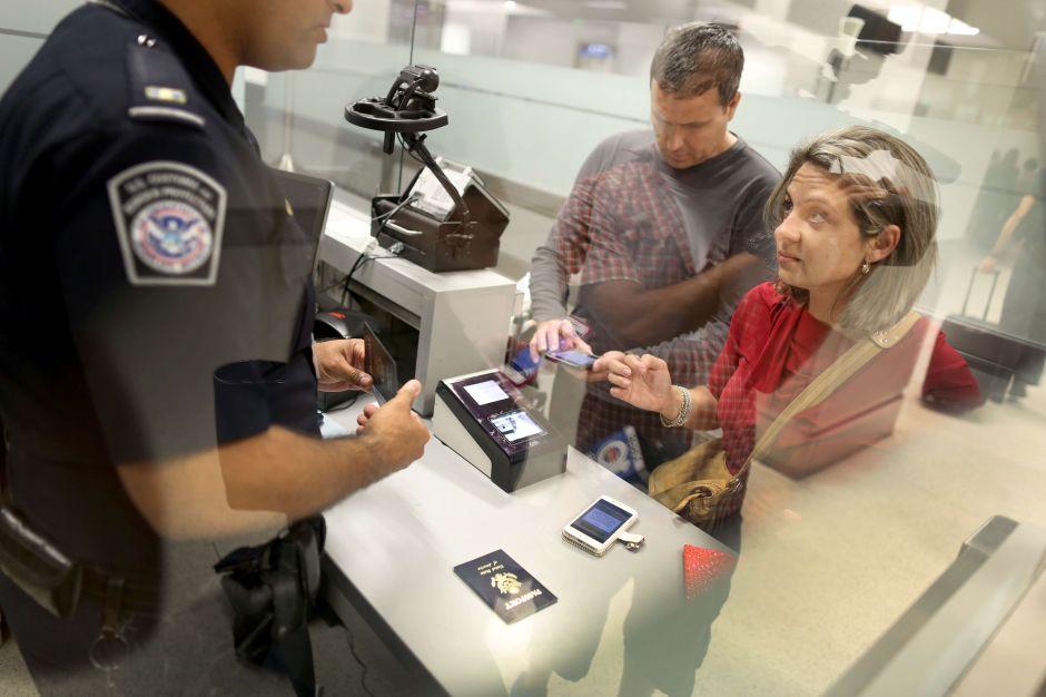 Consulados de Estados Unidos ya niegan visas a turistas embarazadas