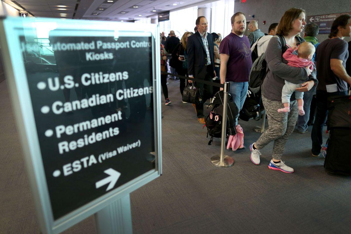 Estados Unidos restringe la inmigración a Estados Unidos para 6 países más