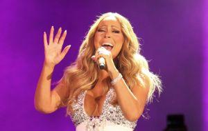 Hackean el Twitter de Mariah Carey y publican mensajes racistas e insultos contra Eminem
