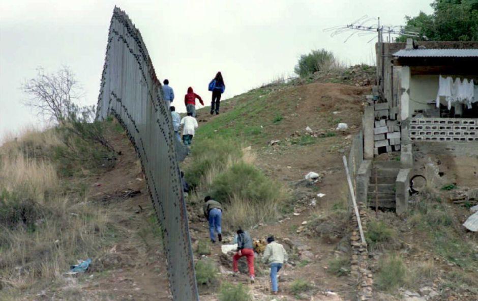 El origen de los migrantes, de los tiempos del cerco de gallinero al muro fronterizo de acero
