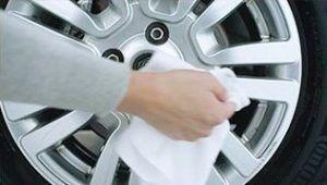 ¿Se pueden voltear los rines de un auto?
