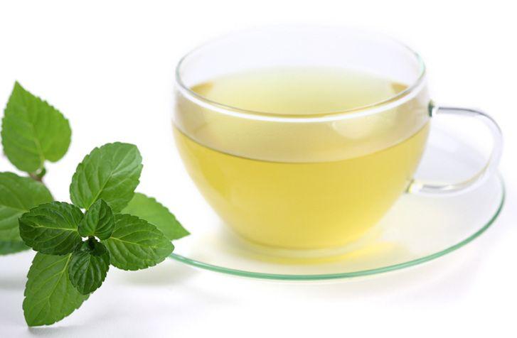 Al té de tila también se le atribuyen beneficios para mejorar la circulación y combatir la hipertensión.