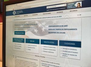 """Los bonos de """"carga pública"""" de USCIS que afectarán a inmigrantes, además de apoyos sociales"""