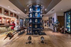 La mansión de $26.5 millones con un sótano exclusivo para los fanáticos de Star Wars