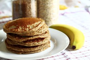 Sigue la dieta y aumenta tu consumo en fibra con estos deliciosos y saludables panqueques de avena