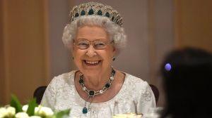 La Reina Isabel II te ofrece un empleo ¡y podrás vivir en el palacio de Buckingham!