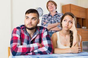 """Estudio revela cuál es el miembro más """"incómodo"""" de la familia (y no es la suegra)"""