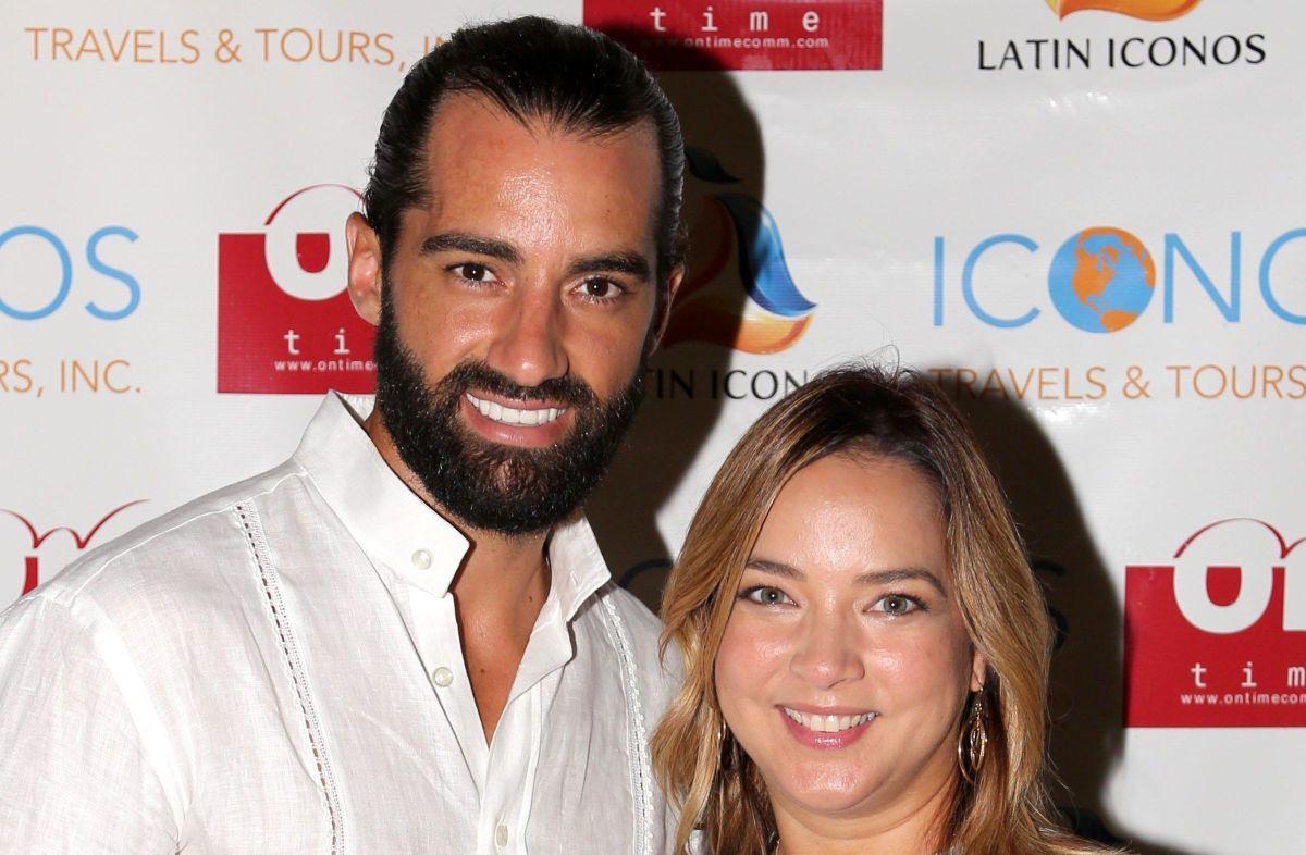 Toni Costa dice que People en Español miente sobre una supuesta ruptura anterior con Adamari López.