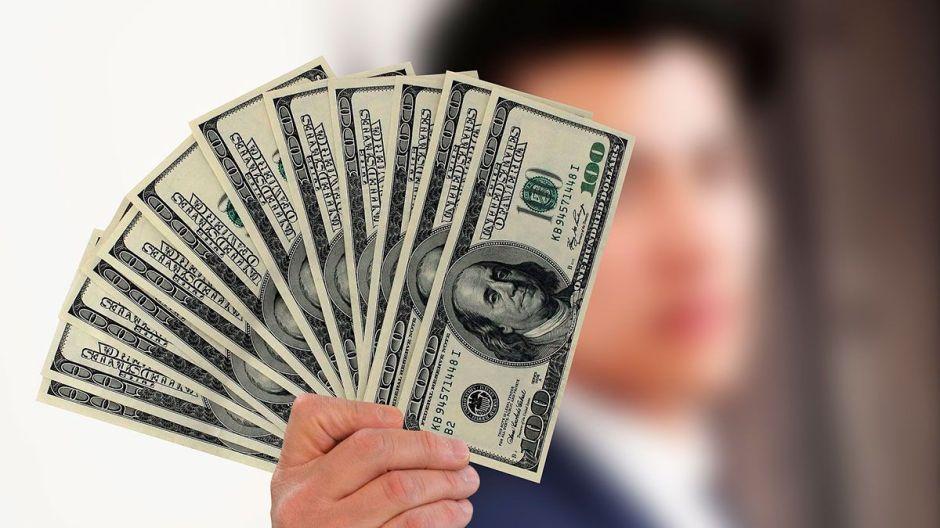 Crece respaldo a idea de enviar $1,000 a las personas durante crisis de coronavirus