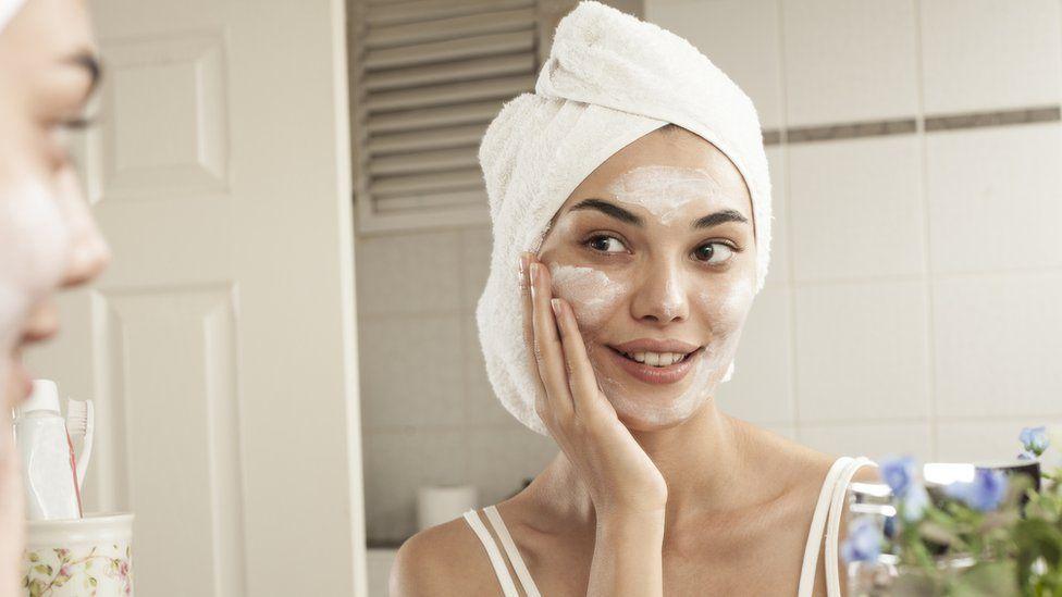 La acumulación de envases de los cosméticos puede ocasionar graves problemas al ambiente.