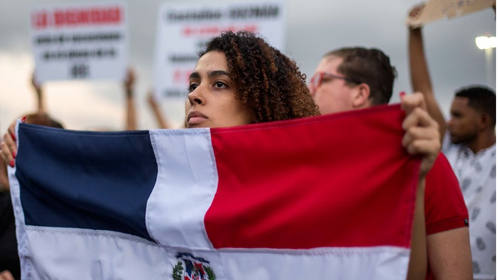 Protestas en República Dominicana: 4 puntos que explican las insólitas semanas de manifestaciones que estremecen el país caribeño