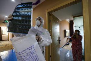 Muere doctor tras trabajar 10 días sin descansar, atendiendo pacientes con coronavirus