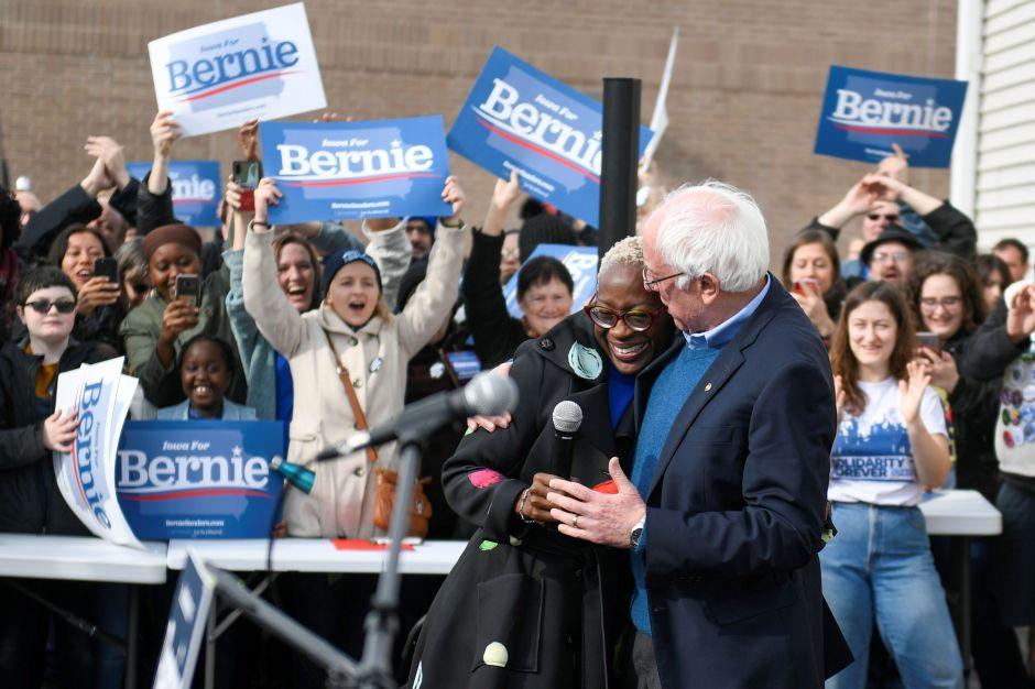 Cómo se ha convertido Sanders en uno de los demócratas favoritos para derrotar a Trump