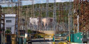 Cuatro cargos en la factura de luz para pagar la deuda y las pensiones en la Autoridad de Energía Eléctrica en Puerto Rico