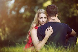 La astrología explica por qué nos ponemos celosos en una relación