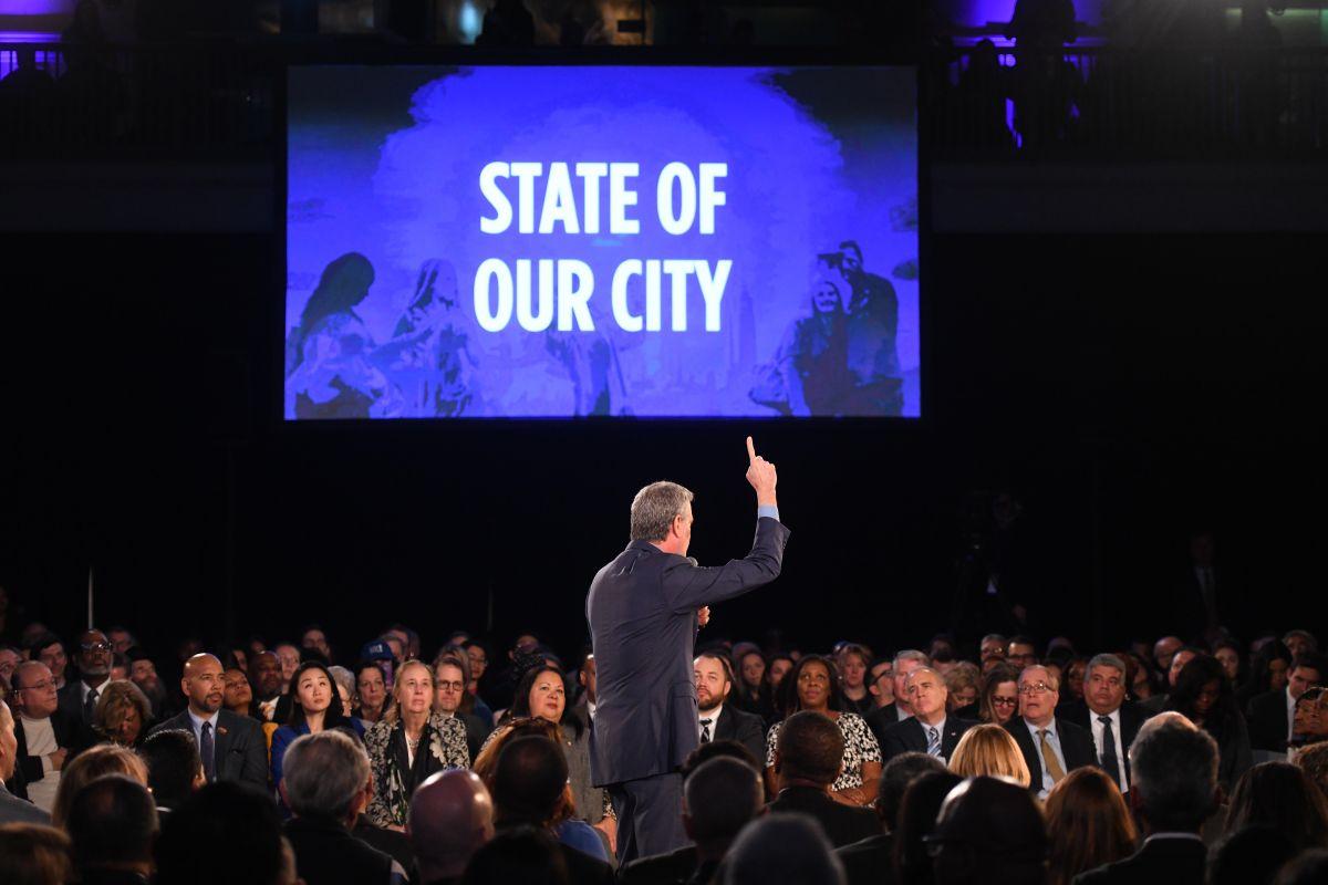 Alcalde presenta plan para legalizar apartamentos en sótanos en NYC