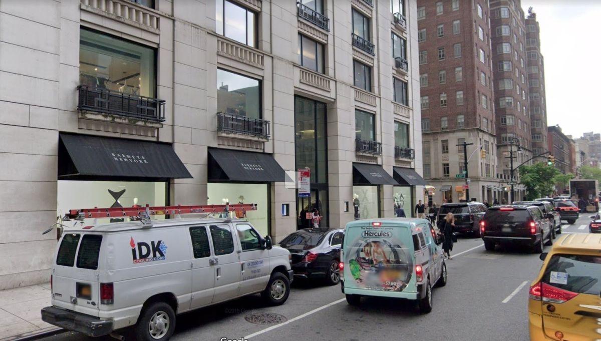 Barneys cierra sus tiendas en Nueva York y California el 23 de febrero: todo en descuento
