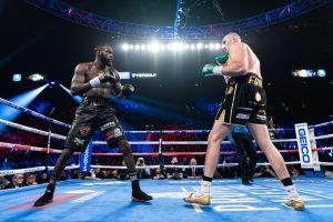 Fury cree que Deontay Wilder sí haría efectiva cláusula para tercer pelea