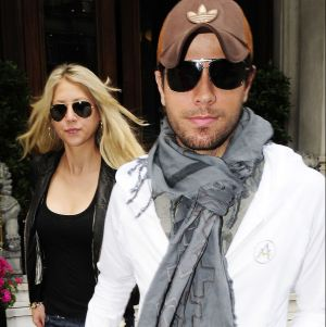 Hermano de Enrique Iglesias confirmó la noticia del nuevo bebé del cantante con Anna Kournikova