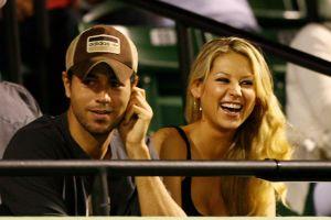 Enrique Iglesias y Anna Kournikova venden su mansión de Miami por un precio muy inferior