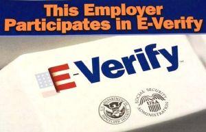 Más de 250,000 empleos de inmigrantes en peligro en Florida tras aprobación de ley en Senado
