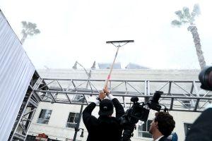La lluvia protagoniza el día más esperado de Hollywood.  El mal tiempo amenaza con quedarse