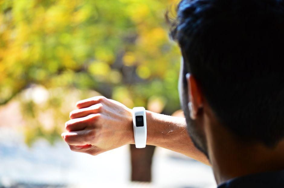 ¿Sabes para qué sirve un smartwatch? Descubre sus funciones y mira 4 modelos económicos