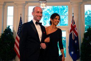 Fotos de la comentada boda del asesor contra inmigrantes de Trump en el hotel del presidente