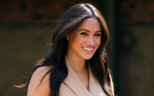 Meghan Markle, la duquesa de Sussex, tan amarilla como Los Simpson
