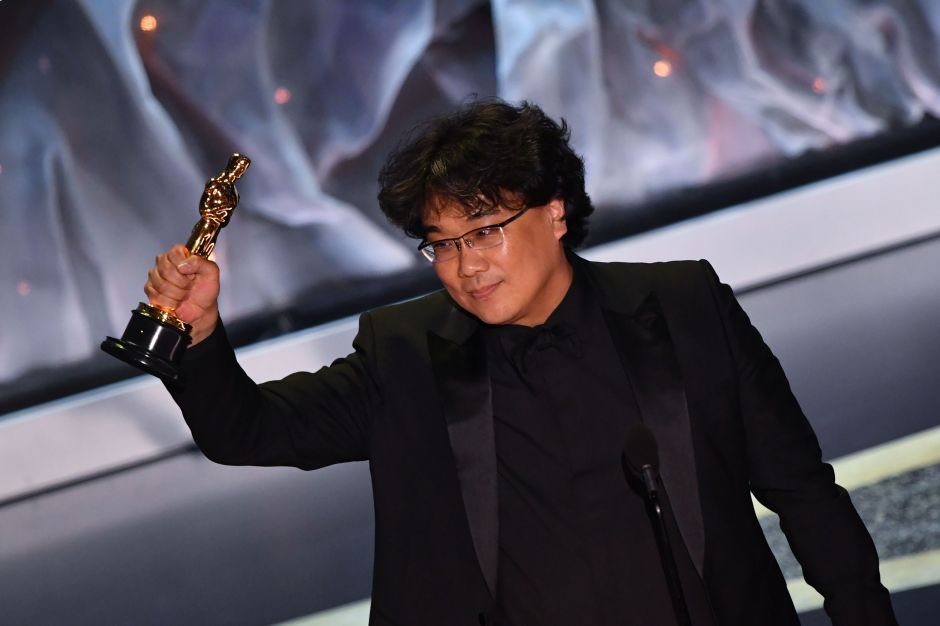 """Enorme sorpresa en los Óscar 2020: """"Parasite"""" es la primera película internacional en ganar Mejor Película"""