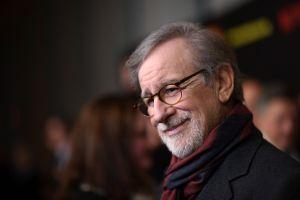 Hija de Steven Spielberg se lanza como actriz porno y estríper
