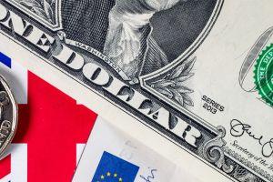 A cuánto se vende el dólar hoy en México: El peso sorprende con ganancias