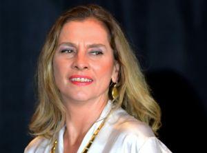 Esposa de AMLO primero apoya #UnDíaSinMujeres luego se retracta, el presidente reacciona