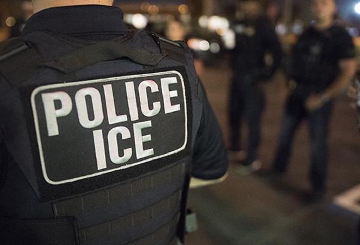 ICE bajo presión por separación de familias tras orden de juez