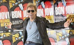 Bon Jovi vende residencia en 20 mdd