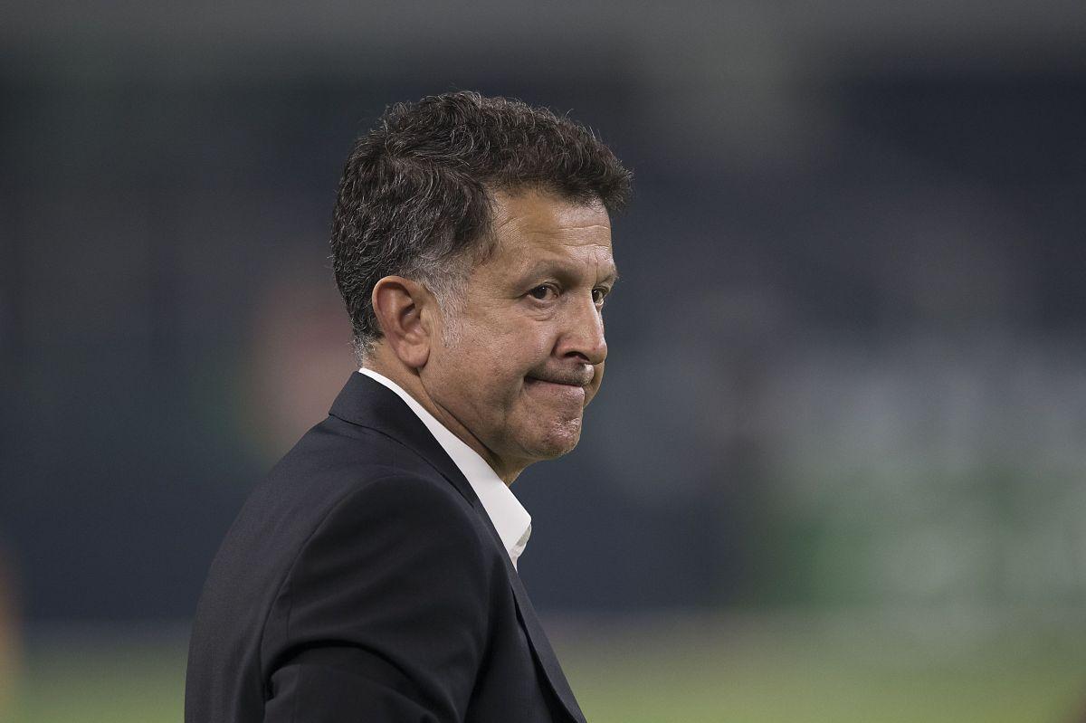 Juan Carlos Osorio deja de ser DT del Atlético Nacional