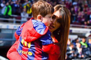 El hijo de Messi sorprende a su mamá con regalo de San Valentín