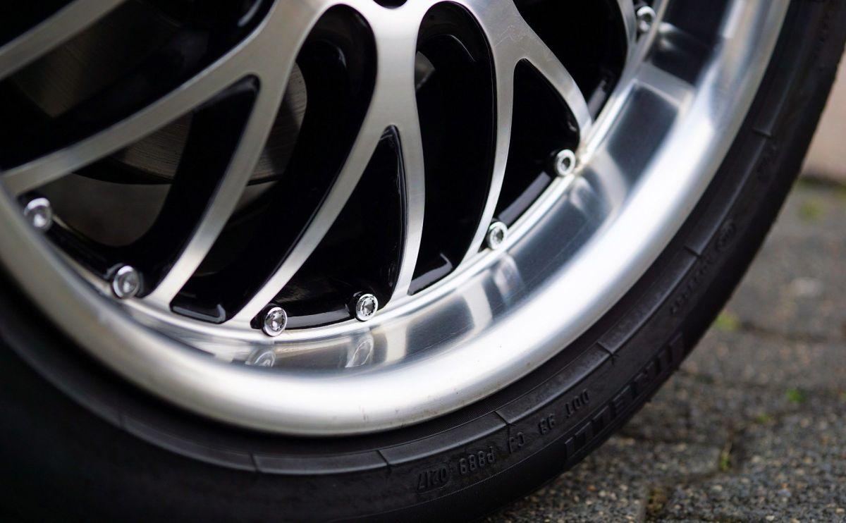 Cómo saber cuándo es momento de realizar un balanceo a tu auto