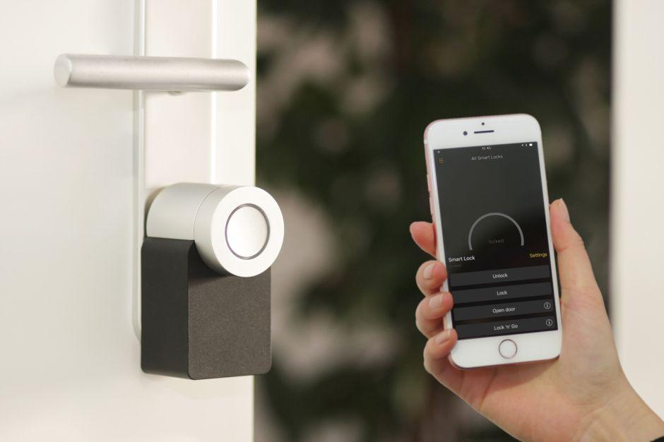 5 cerraduras de puerta con sistema Alexa para mantener tu casa siempre segura