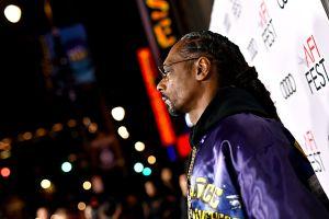 Snoop Dogg deja entrever que fumó marihuana con un Obama