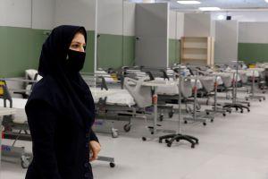Más de 1,000 personas en estado de gravedad y 300 muertos en Irán por beber metanol para protegerse del coronavirus