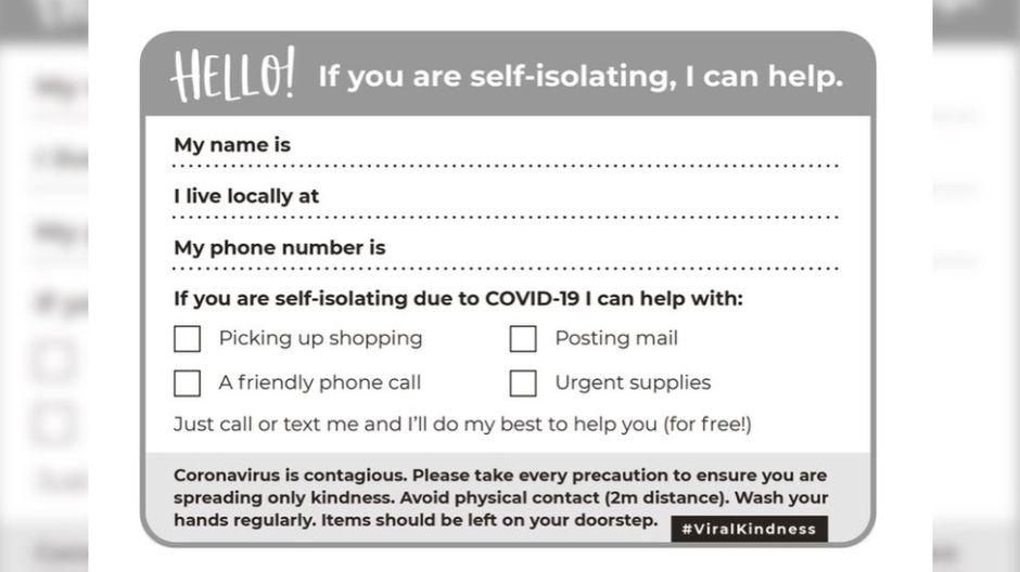 Coronavirus: la mujer que diseñó una tarjeta para ofrecer ayuda a sus vecinos aislados ante el covid-19