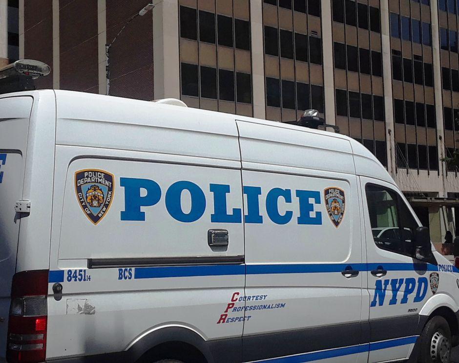 Roban más autos, pero baja el crimen mayor en Nueva York con la cuarentena