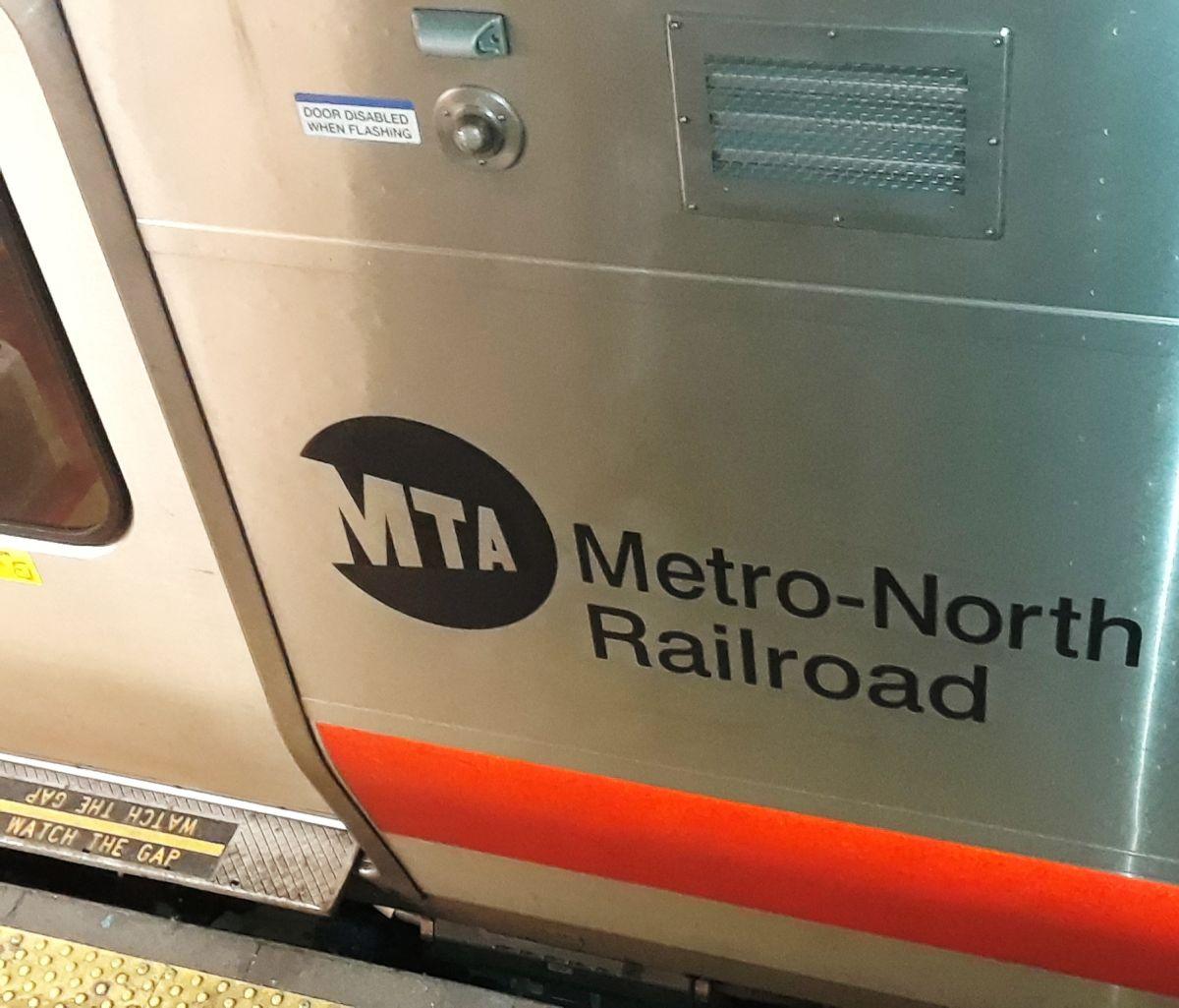 Nueva aplicación trilingüe de MTA permite evitar congestión en trenes LIRR post cuarentena