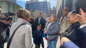 Inmigrante detenida por incidente de tráfico podría encarar la deportación