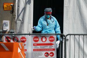 Enfermero de Manhattan filtra desgarradora imagen de camión con muertos por coronavirus