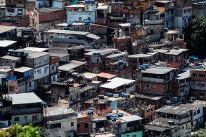 Pandillas en Brasil se encargan de que nadie salga de casa por el coronavirus