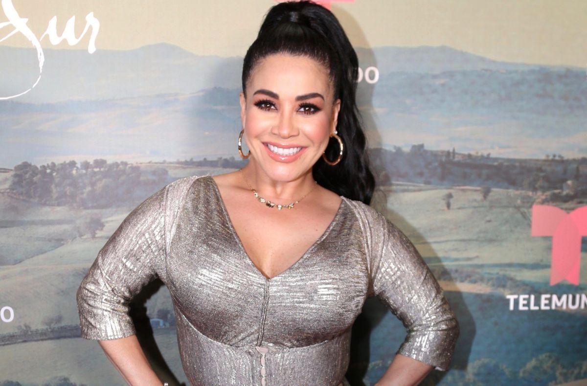 """Irreconocible: así lucía Carolina """"Veneno"""" Sandoval en sus inicios en la televisión"""