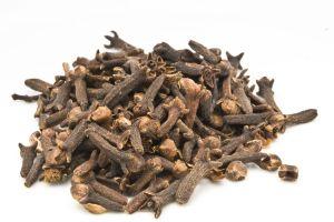 Los inigualables usos medicinales de los clavos de olor